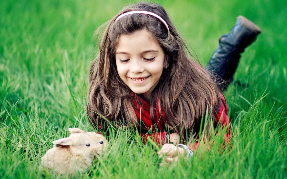 Six rules for raising happy girls